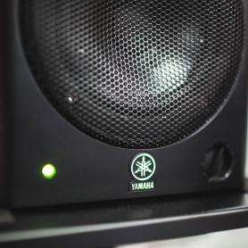Активные студийные мониторы Yamaha MSP5, закрытые студийные наушники AKG K271 MKII, наушники AKG K77 Perceptio